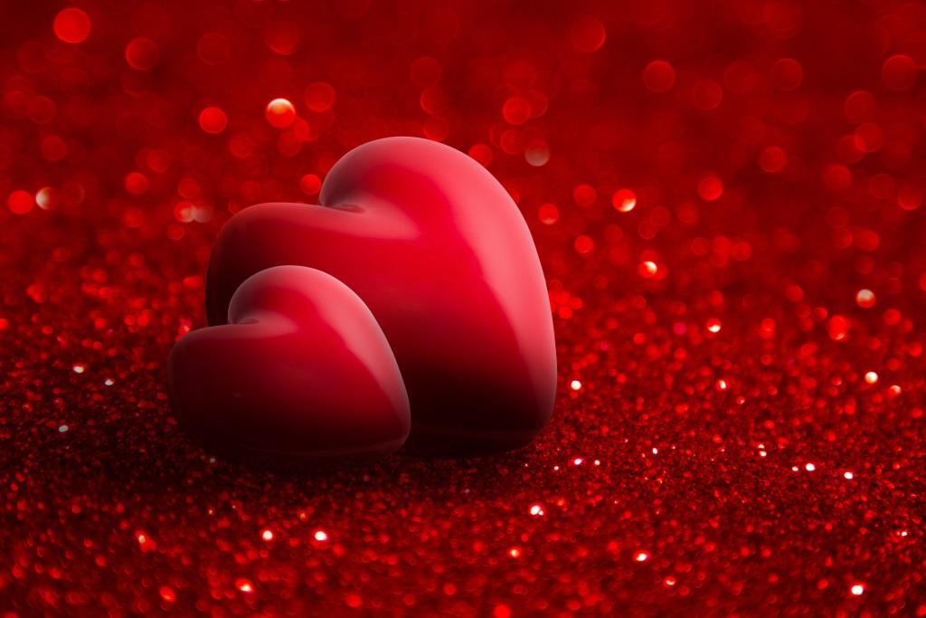 Love Heart shape: Romantic Images for Girlfriend