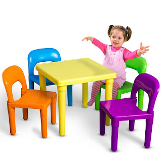 Total fab children 39 s plastic table and chair sets for Sets de table plastique