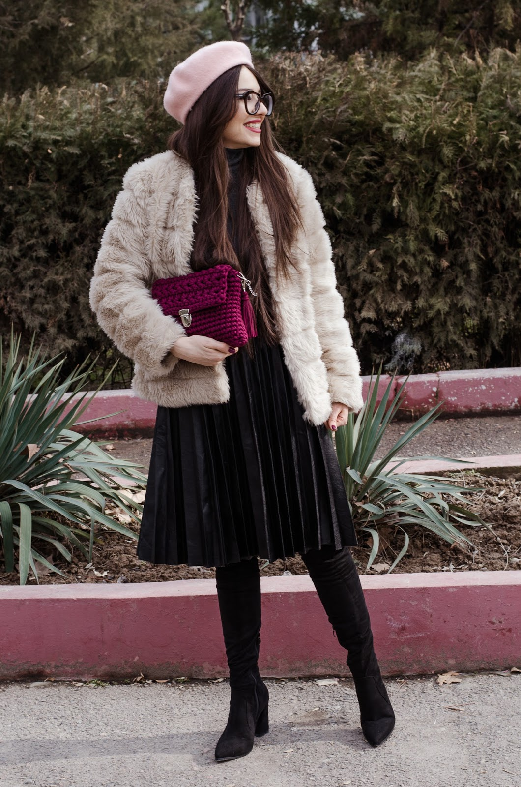 fashion blogger diyorasnotes diyora beta pleated skirt shein beret far fur turtleneck outfit overtheknee boots
