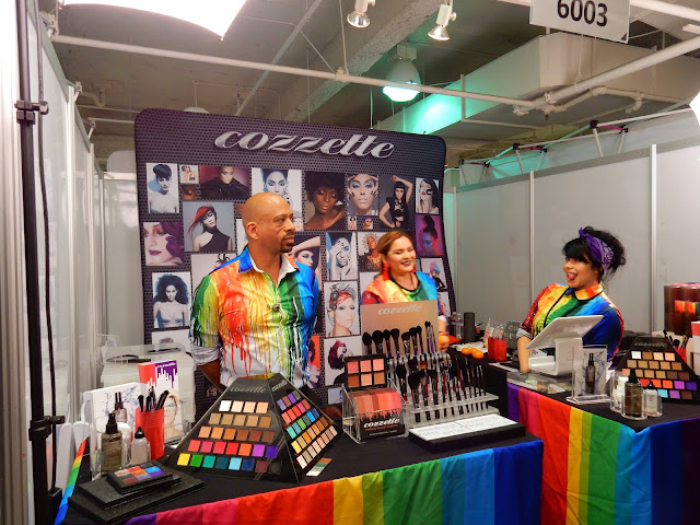 Cozzette booth at The Makeup Show L.A. 2017 - www.modenmakeup.com