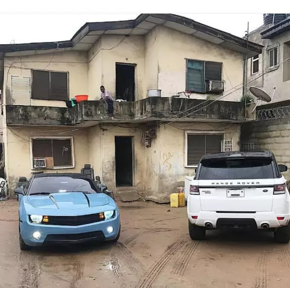 See the 2 exotic cars parked in a dilapidated building in Lagos