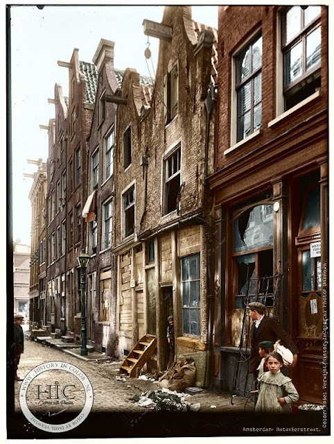 Ingekeurde foto Batavierstraat te Amsterdam