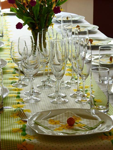 7 + 1 Ιδέες διακόσμησης για το Πασχαλινό τραπέζι
