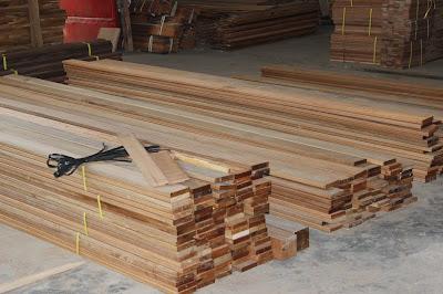 Jual lantai kayu parket Dinding di Surabaya