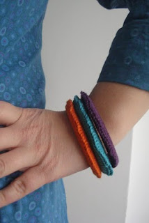 how to make knit or crochet bangles tutorials