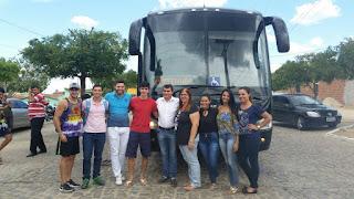 Prefeito de Picuí entrega ônibus 5 estrelas para trasportar universitários
