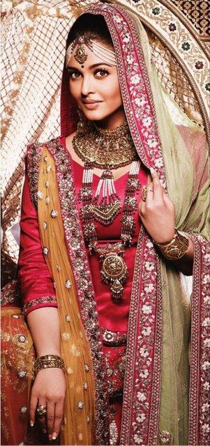 Aishwarya Rai In Malabargold Jewellery Jewellery Designs