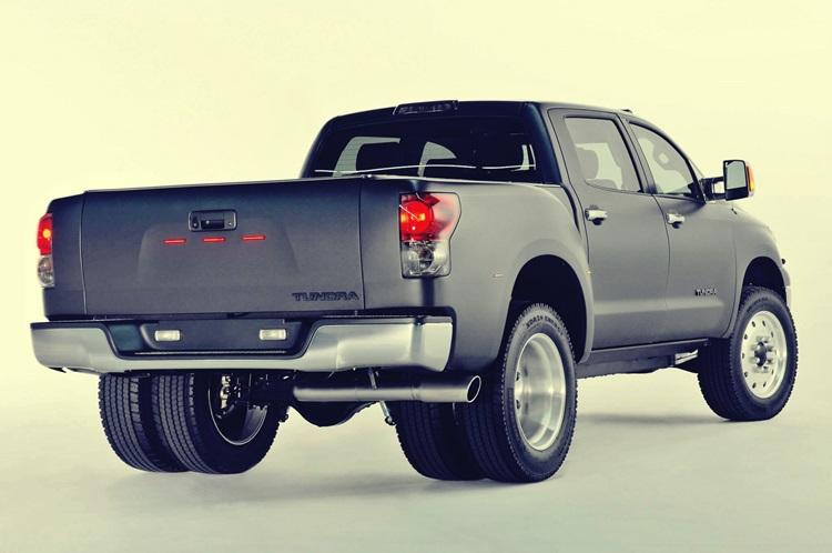2017 Toyota Tundra Exterior back