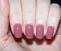ungas com esmalte rosa