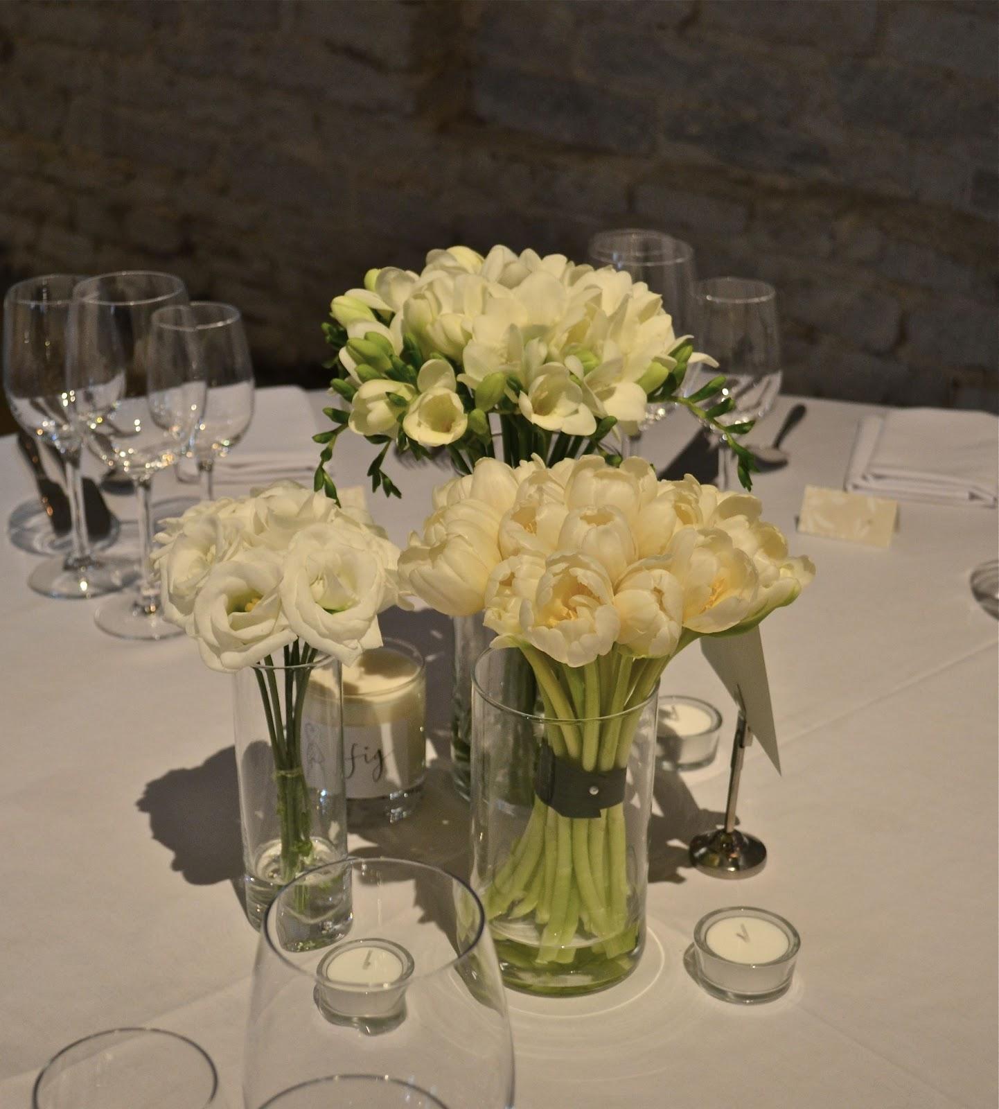 Winter Wedding Flowers Uk: Wedding Flowers Blog: Pamela's Winter White Wedding
