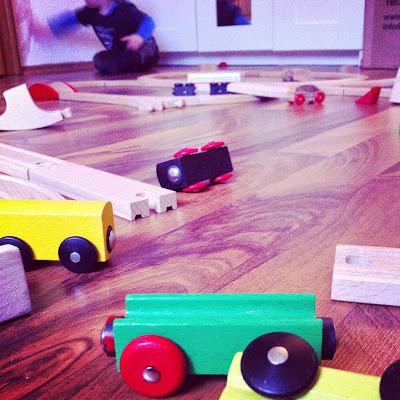 Ordnung im Kinderzimmer - Spielzeugchaos