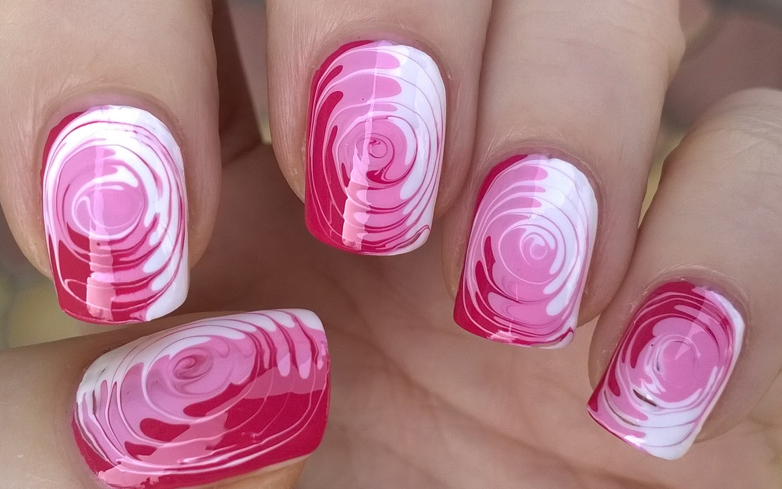 Life World Women Tricolor Swirl Nail Art Pink Toothpick Nail Idea