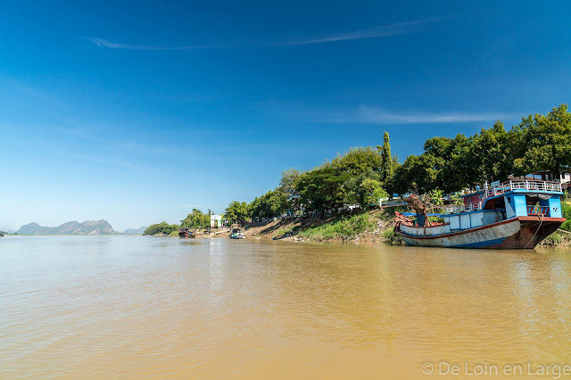 Thanlwin river - Hpa An - Myanmar Birmanie