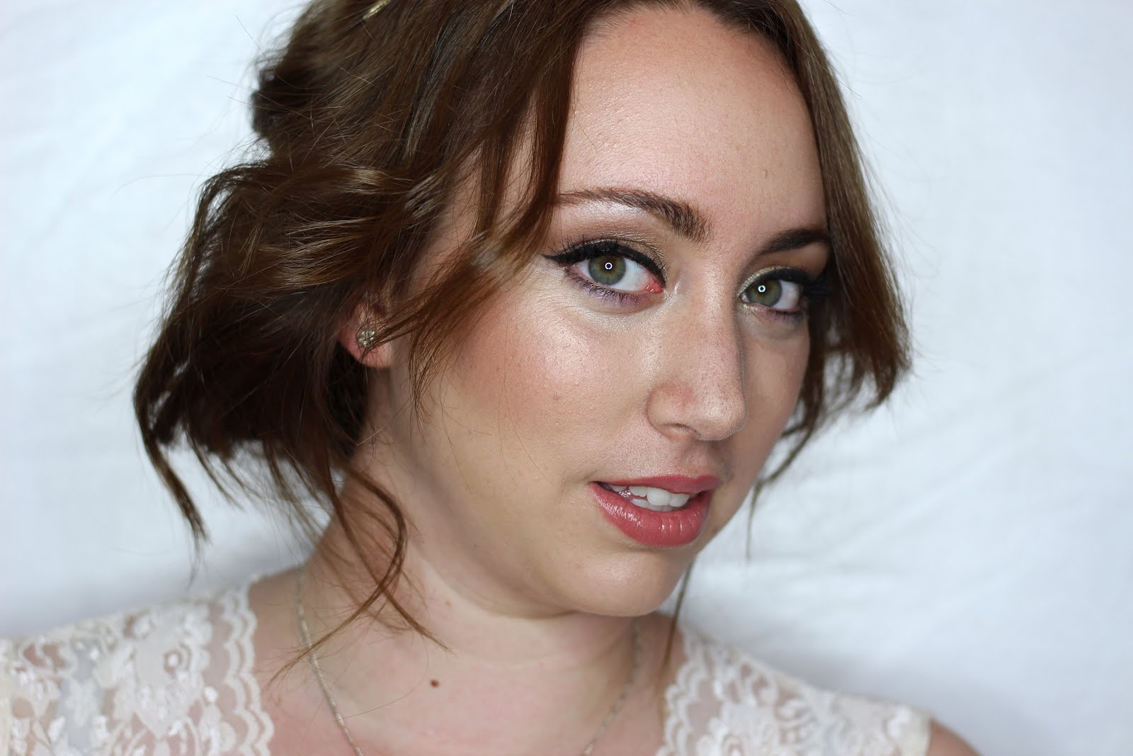 Tutorial: Classic Bridal Look