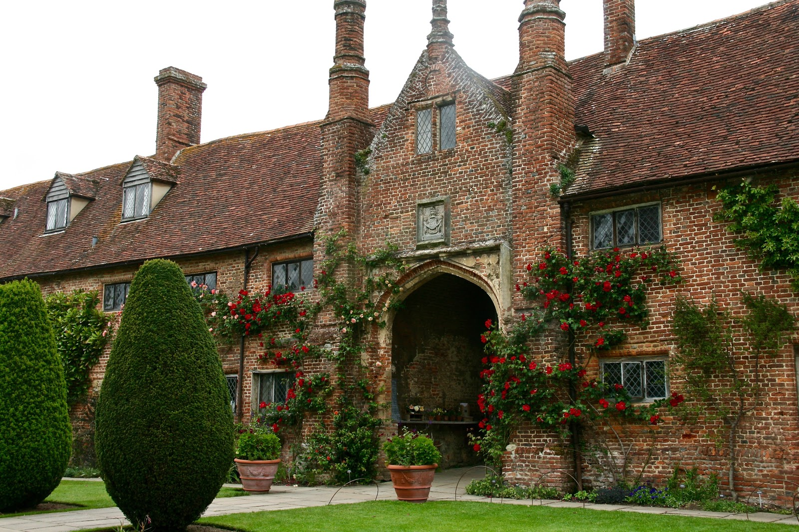 Taking a look at what Vita Sackville-West created at Sissinghurst ...