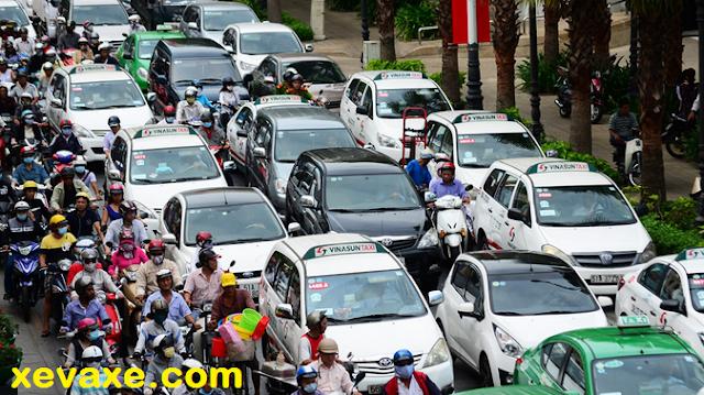 Đánh thuế ôtô cao là đúng - cái nhìn lạc hậu của một số người Việt