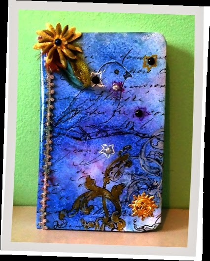 ART JOURNALING AT ACREATIVENEED CHALLENGE THIS MONTH