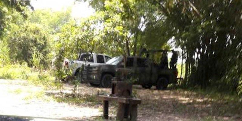 Video: Con militares, policías y Pemex con explosivos inician fracking en la Huasteca Potosina.