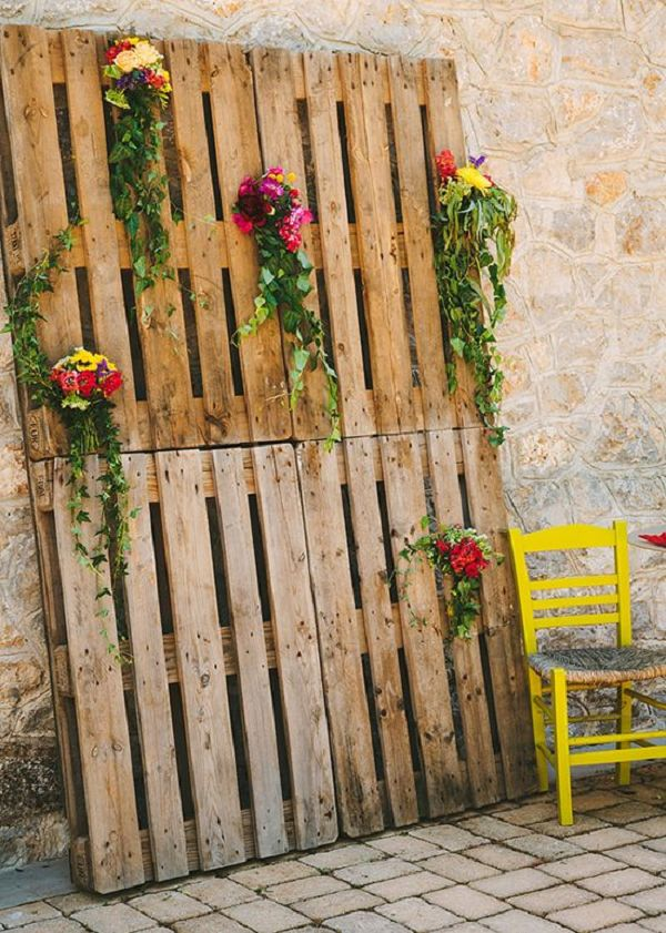 35 Ways To Use Rustic Wood Pallets In Your Wedding | Do it ...
