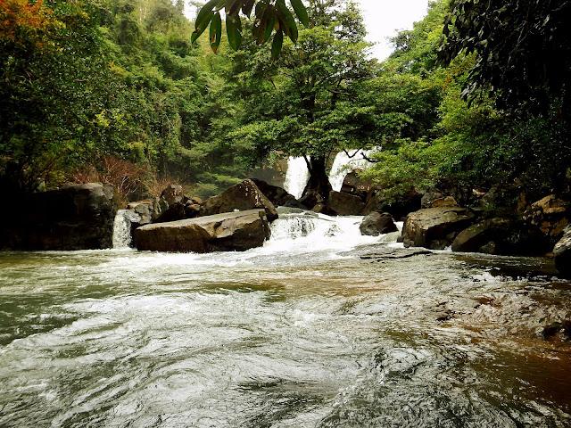 isla poco turistica tailandia