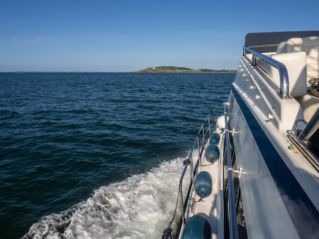 Photo of Ravensdale approaching Little Ross Island off the coast of Scotland