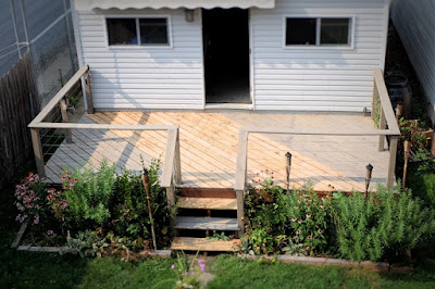 deck stain gray weatherproofing waterproofing Cabot