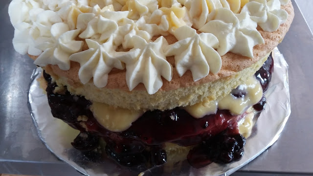 Blackberry and Custard Sponge Cake