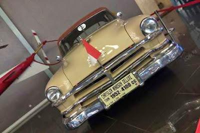 6. Mobil Kepresidenan RI Chrysler Windsor Deluxe