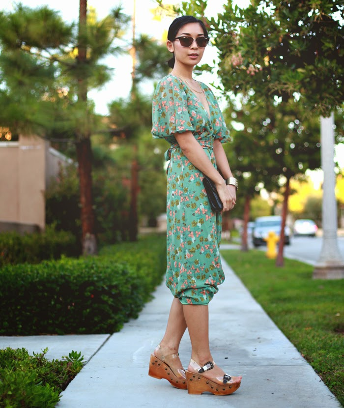 Stephanie Liu of Honey & Silk wearing Tulle dress, Jeffrey Campbell sandals, Chloe and Isabel reeds cuff, Gorjana Taner collar necklace, and vintage black clutch