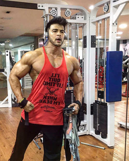 Sahil Khan Workout routine at Gym