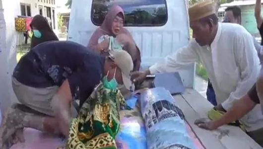 Beda Pilihan Politik, Makam Kakek dan Cucu di Gorontalo Dibongkar