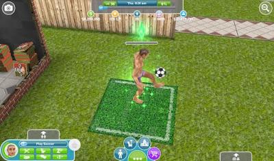 Tampilan Game The Sims FreePlay