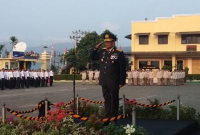 Wakapolda Lampung Pimpin Upacara HUT RI ke-73