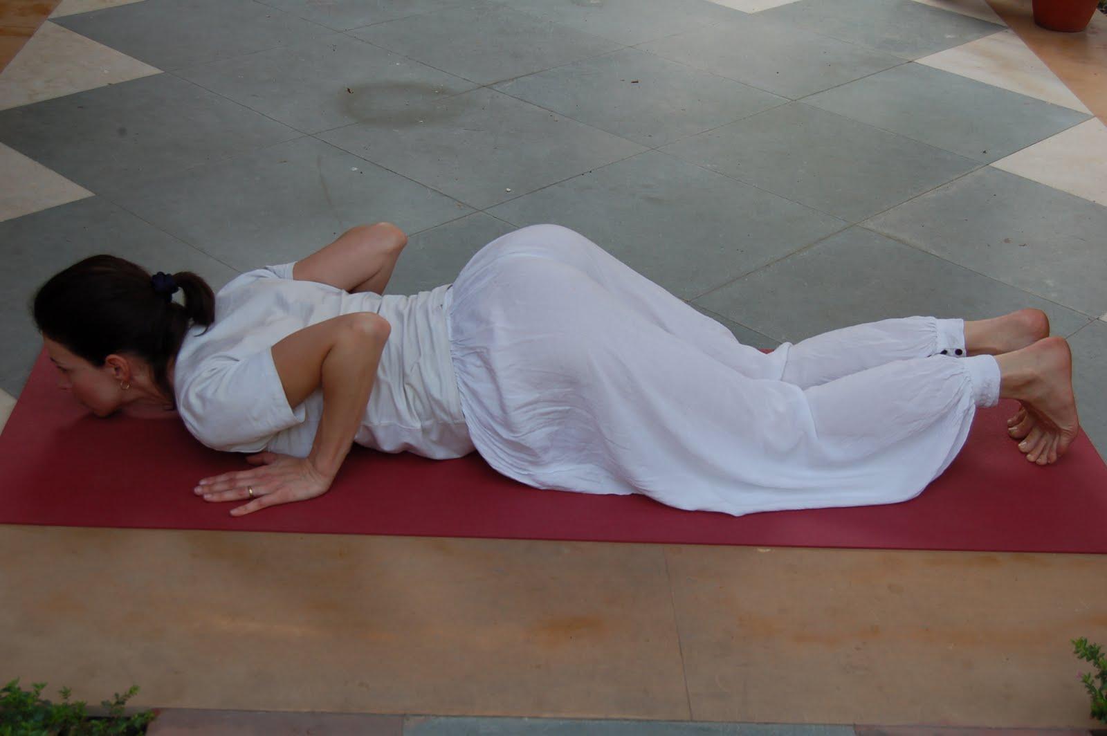 Yoga Lifestyle: Sun Salutation - 'Surya Namaskara'