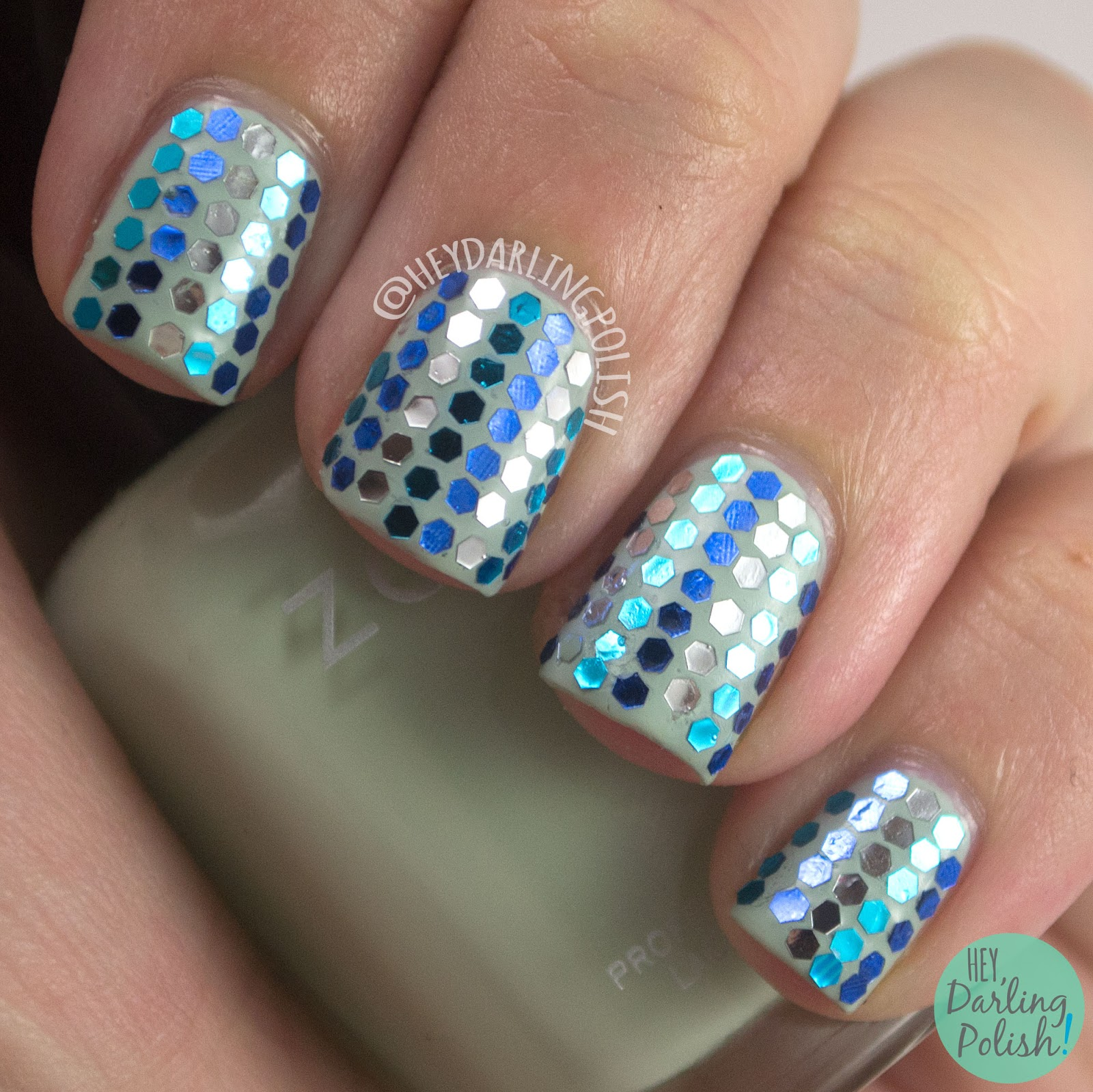 nails, nail art, nail polish, glitter, glitter placement, glitter, glitter nails, hey darling polish, green, blue, 31 day challenge, 31dc2014