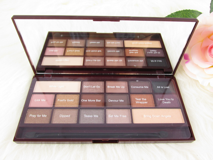 Review: Makeup Revolution - I Heart Makeup - Death by Chocolate Eyeshadow Palette - 22g - 9.99 €