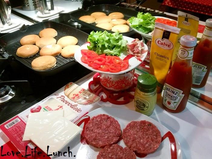 Hamburger e patatine home made
