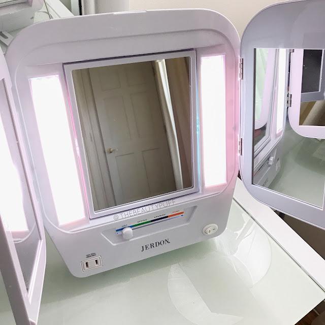 Jerdon Trifold Euro Design Mirror  |  The Beauty Puff