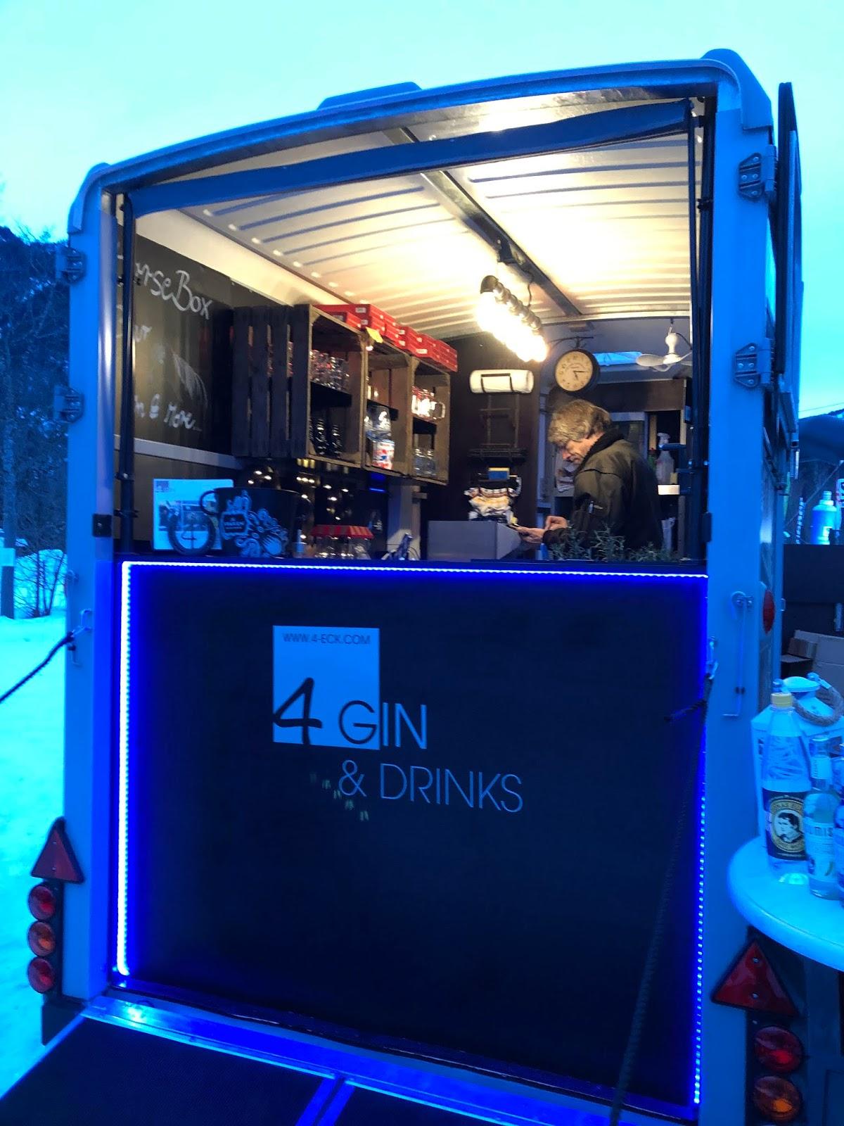 4 Gin and Drinks, Horseboxbar, Event-Bar, mobile Bar, Bayern, Garmisch-Partenkirchen, Gin-Bar, Oberammergau, König-Ludwig-Lauf by Uschi Glas 4 weddings and events
