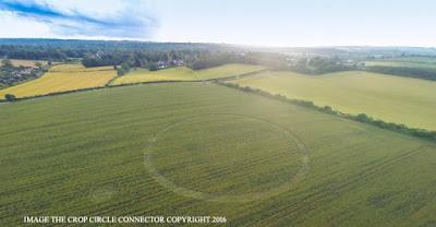 Crop circle UK 2016