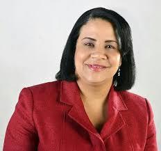 Alcaldesa electa de Yaguate Rosa Peña felicita a todos los maestros (ras) en su día