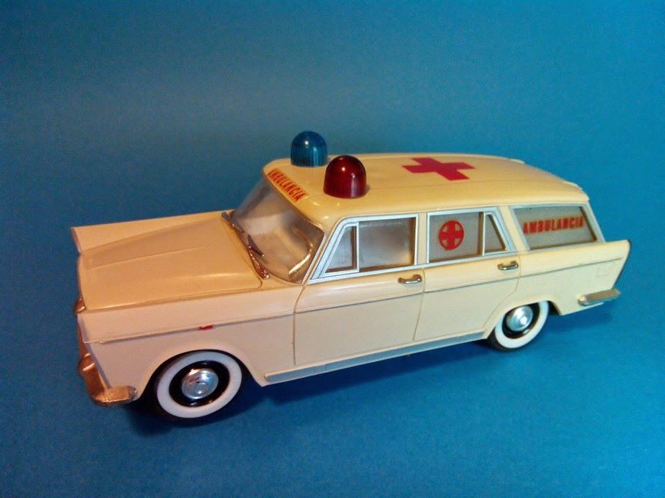 RicoAño Ambulancia 1965 Juguetes De 1400 JugadosTemáticoSeat cFlJK1
