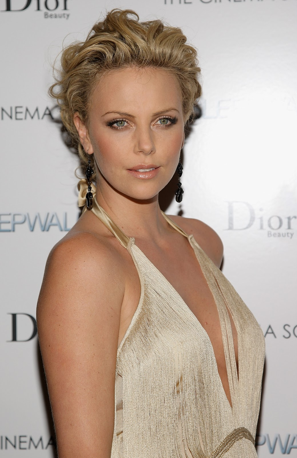 Charlize Theron Special Pictures 16 Film Actresses