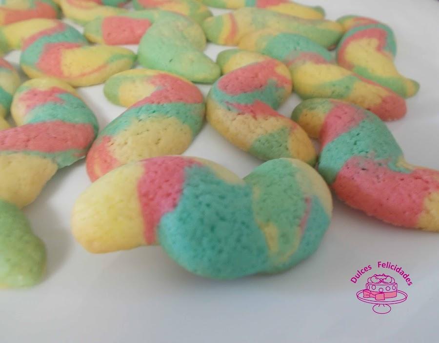 Galletas con maicena de colores