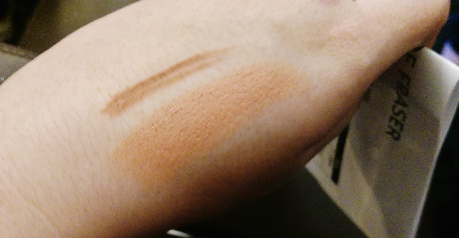Laura Mercier Creme Smooth Lip Colour in Biscotti Swatch