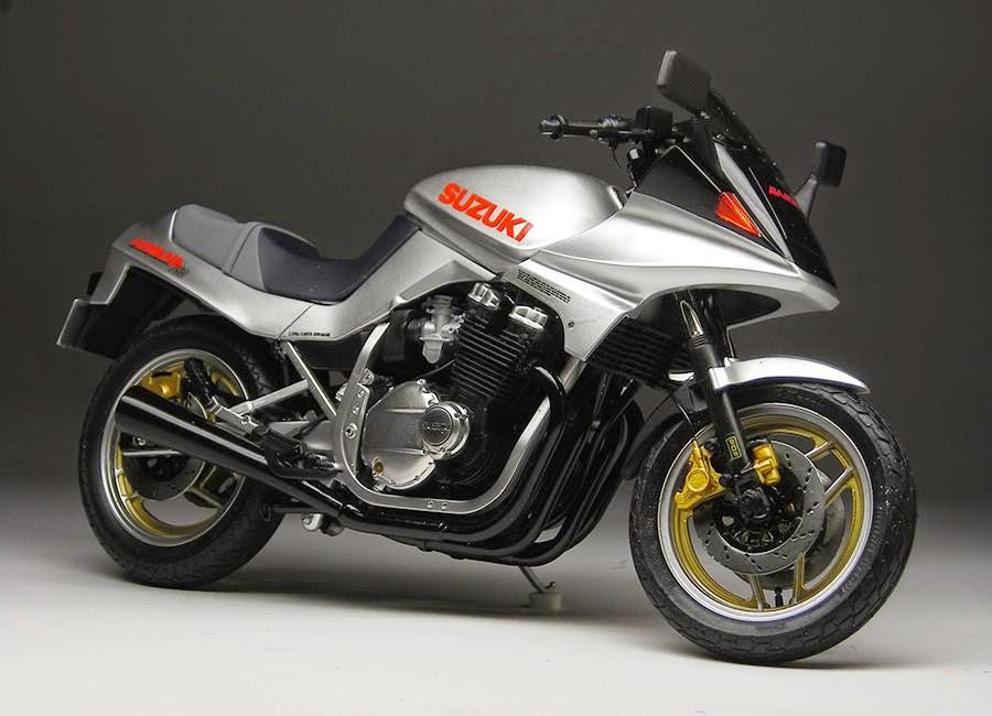 racing scale models suzuki gsx 750 s katana iv by max moto modeling tamiya. Black Bedroom Furniture Sets. Home Design Ideas