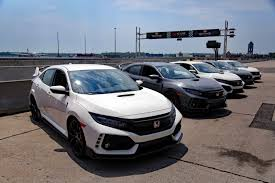 Harga Honda civic type r 2017