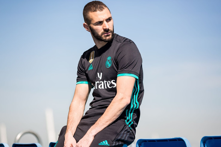 new concept 04318 84e8f Real Madrid 17-18 Away Kit Released - Footy Headlines