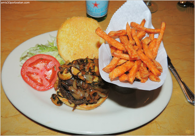 Kobe Burger: American Style Kobe Beef with Sauteed Mushrooms, Spicy Mayo and Onions