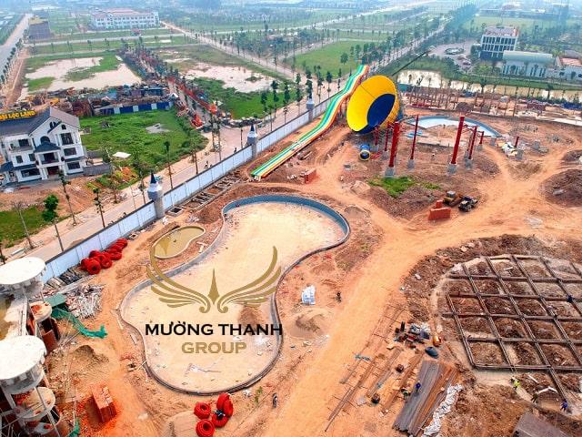 Công viên nước giải trí hiện đại quy mô lớn như một món quà xa xỉ mà chủ đầu tư ban tặng cho cư dân khu dự án căn hộ giá rẻ.